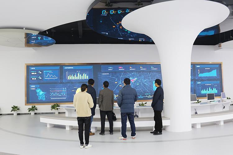 数据中心基础设施